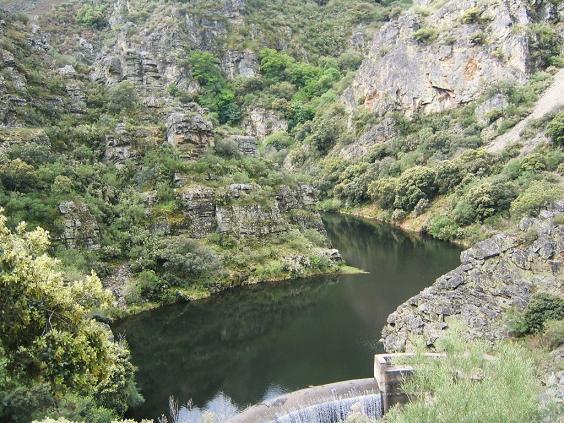 55-embalse-del-rial-o-del-rio-argutorio-mayo-2005-foto-dani